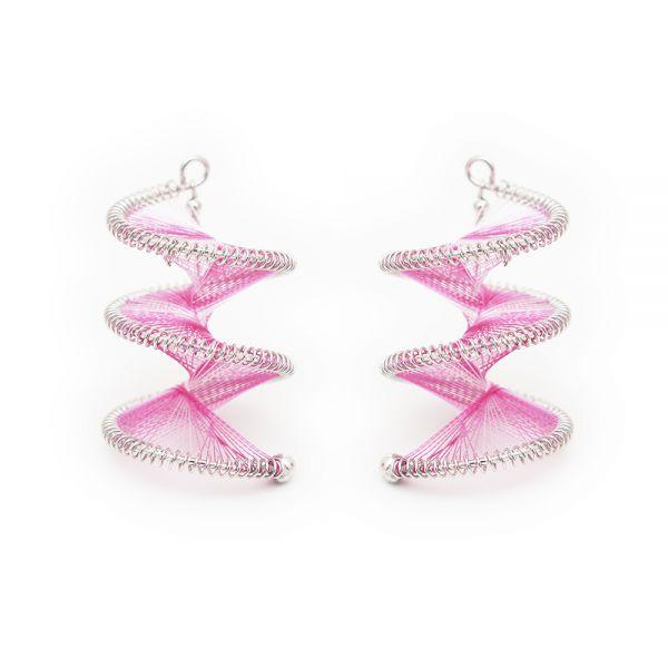 Außergewöhnliche Windspielohrringe in pink