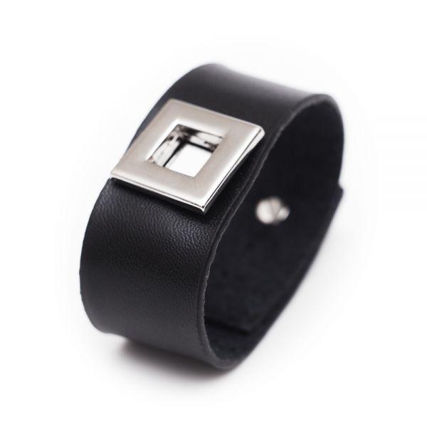 Stilvolles Herren-Armband aus schwarzem Leder