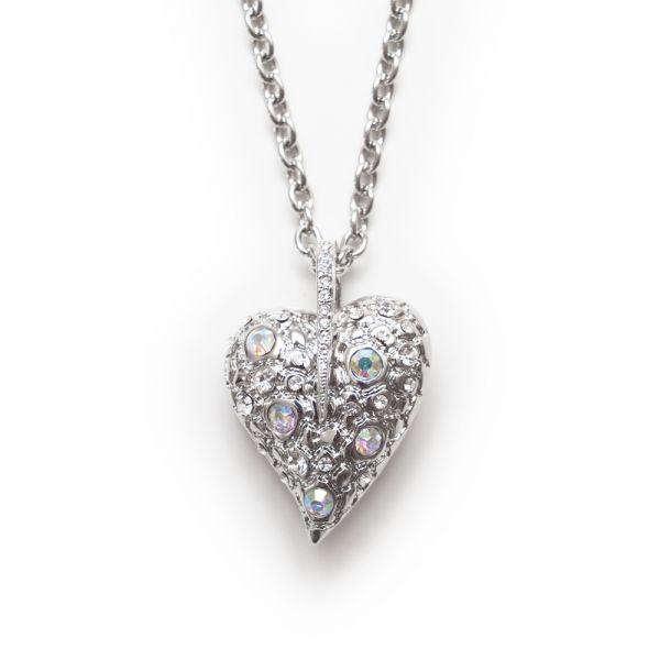 Außergewöhnliches Collier mit funkelndem Herzanhänger (Detail)
