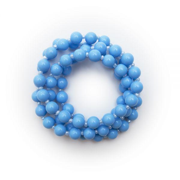 Schöne Vintage Perlenkette in hellblau