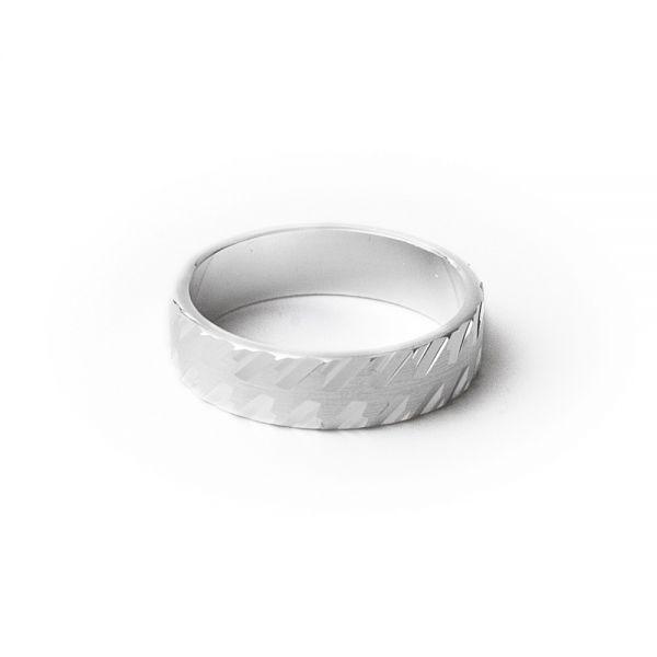 Eleganter Ring aus 925er Silber