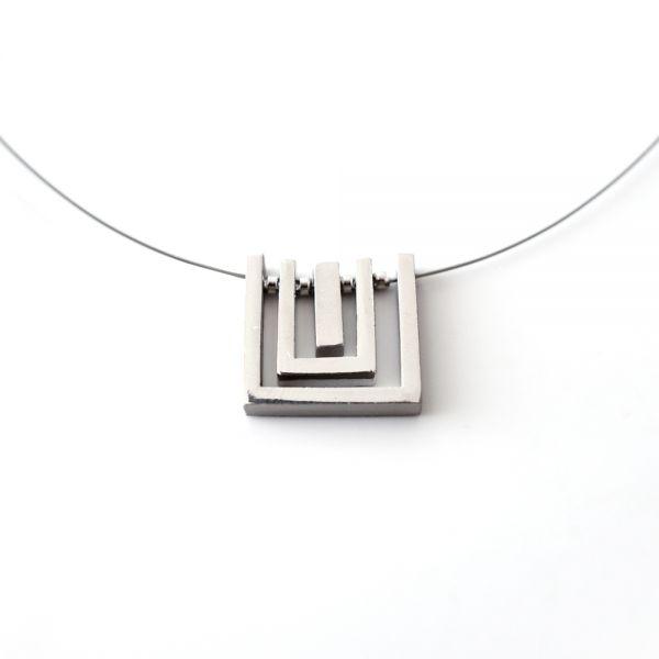 Designer Edelstahl-Halskette mit edlem Anhänger